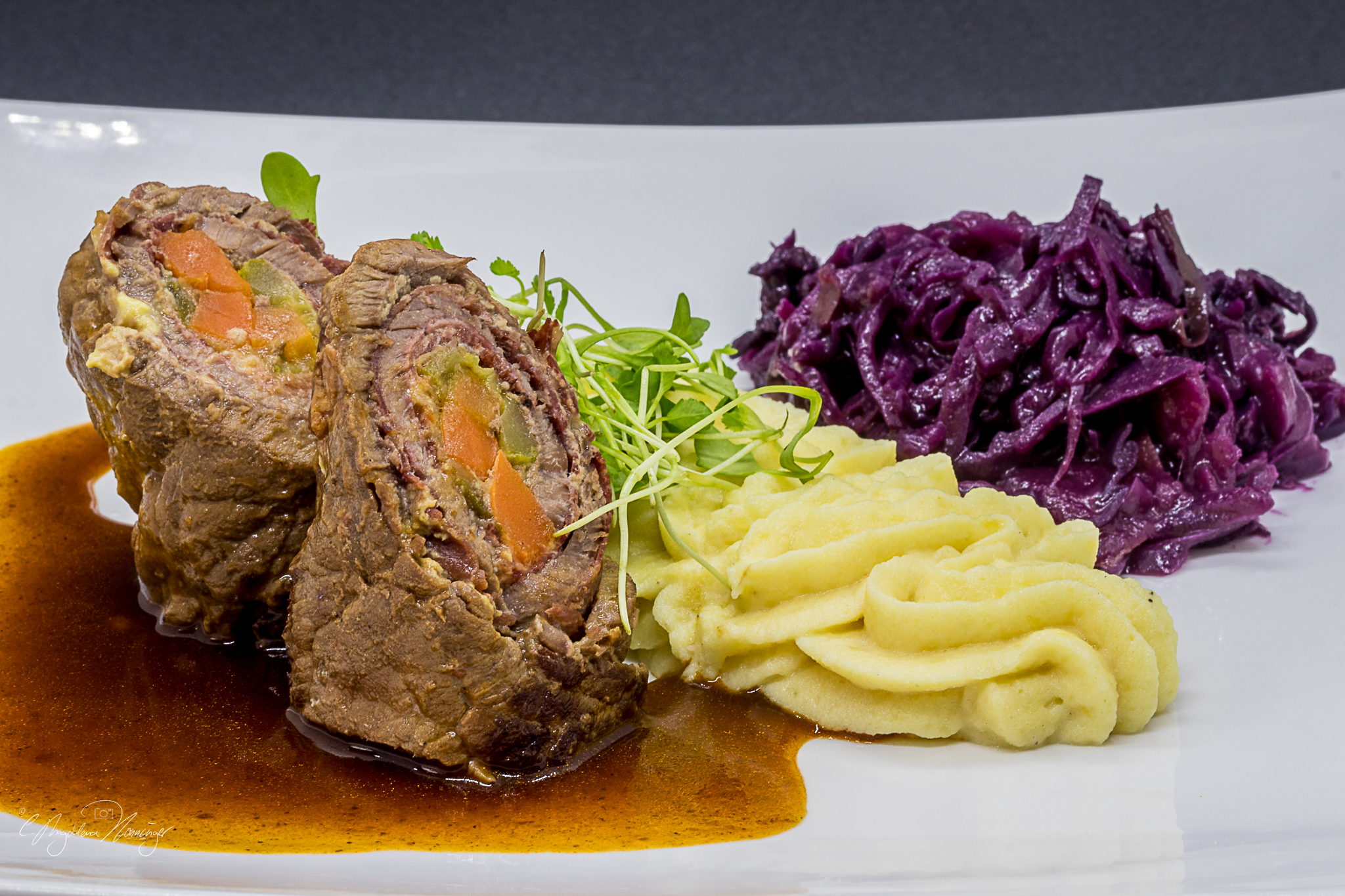 """Featured image for """"Rinderroulade in Bratensoße"""""""